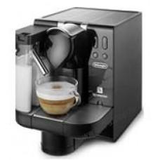 Капсульная кофеварка от Nespresso и De'Longhi EN Lattissima 670.B
